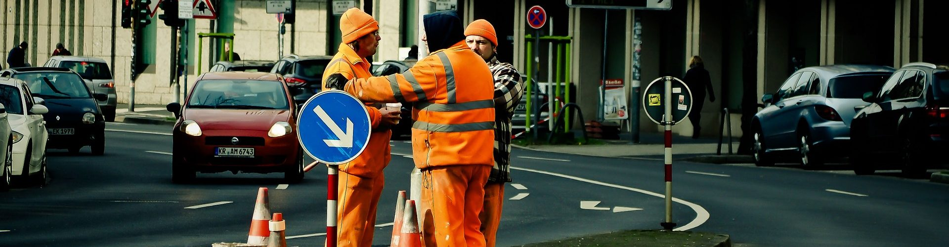 workers-1210670_1920